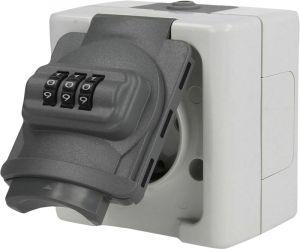 Pistikupesa koodilukuga C-Lock