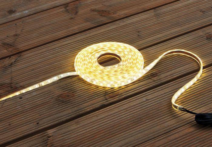 LED-pael veekindel