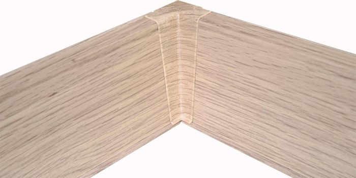 Põrandaliistu sisenurk PVC valge tamm 22 x 75 mm